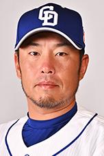 http://dragons.jp/teamdata/coach/image/2020/takeyama_s.jpg